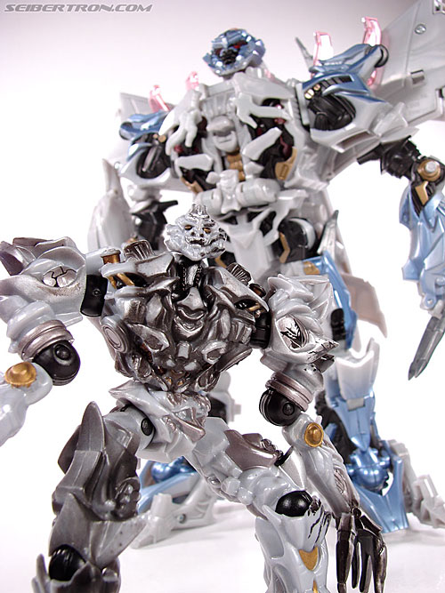 Transformers (2007) Battle Damaged Megatron (Robot Replicas) (Image #59 of 60)