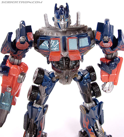 Transformers (2007) Battle Damaged Optimus Prime (Robot Replicas) (Image #2 of 37)