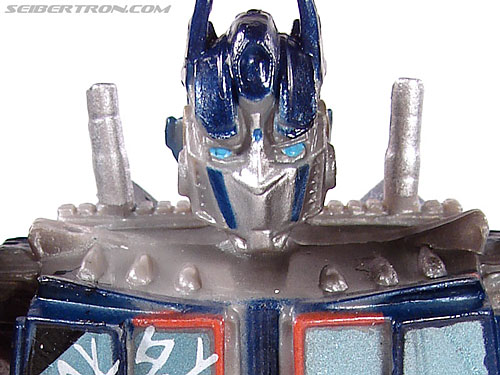 Transformers (2007) Battle Damaged Optimus Prime (Robot Replicas) gallery