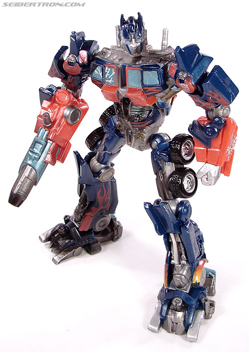 Transformers (2007) Battle Damaged Optimus Prime (Robot Replicas) (Image #13 of 37)