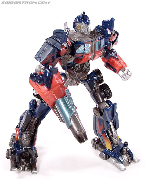 Transformers (2007) Battle Damaged Optimus Prime (Robot Replicas) (Image #19 of 37)