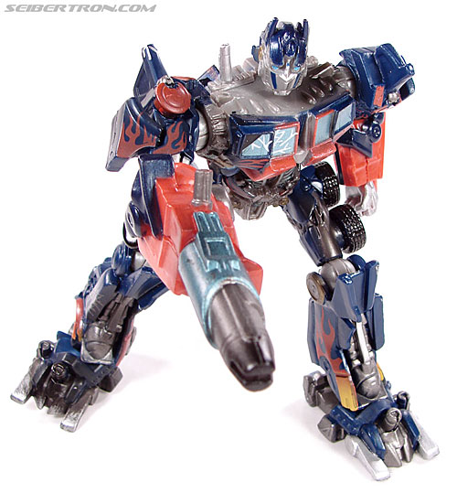 Transformers (2007) Battle Damaged Optimus Prime (Robot Replicas) (Image #24 of 37)