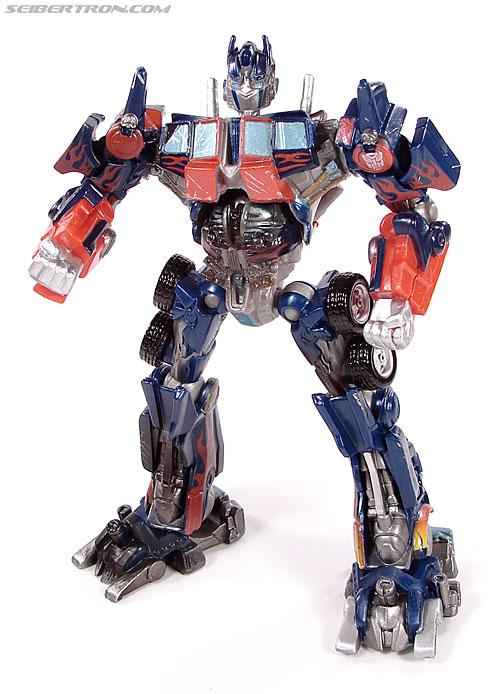 Transformers (2007) Battle Damaged Optimus Prime (Robot Replicas) (Image #26 of 37)