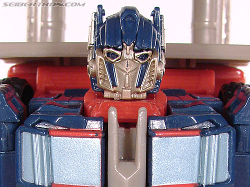 Transformers (2007) Optimus Prime (Freeway Brawl) gallery