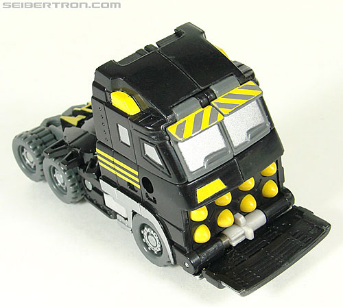Transformers (2007) Armorhide (Image #32 of 128)