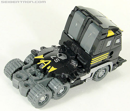 Transformers (2007) Armorhide (Image #34 of 128)