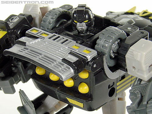Transformers (2007) Armorhide (Image #86 of 128)