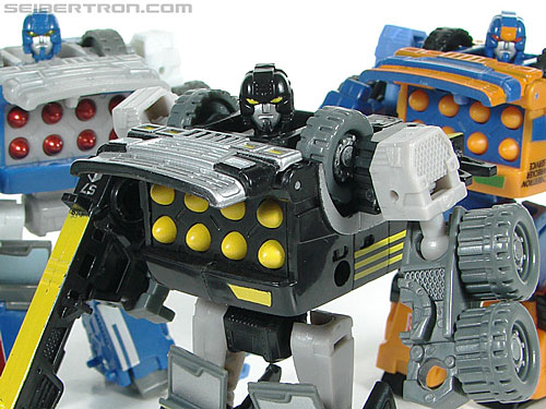 Transformers (2007) Armorhide (Image #112 of 128)