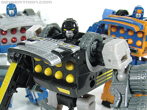 Transformers (2007) Armorhide (Image #114 of 128)