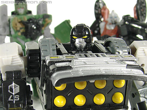 Transformers (2007) Armorhide (Image #126 of 128)