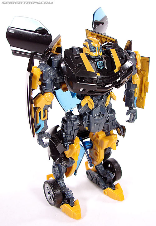 Transformers (2007) Stealth Bumblebee (Image #46 of 140)