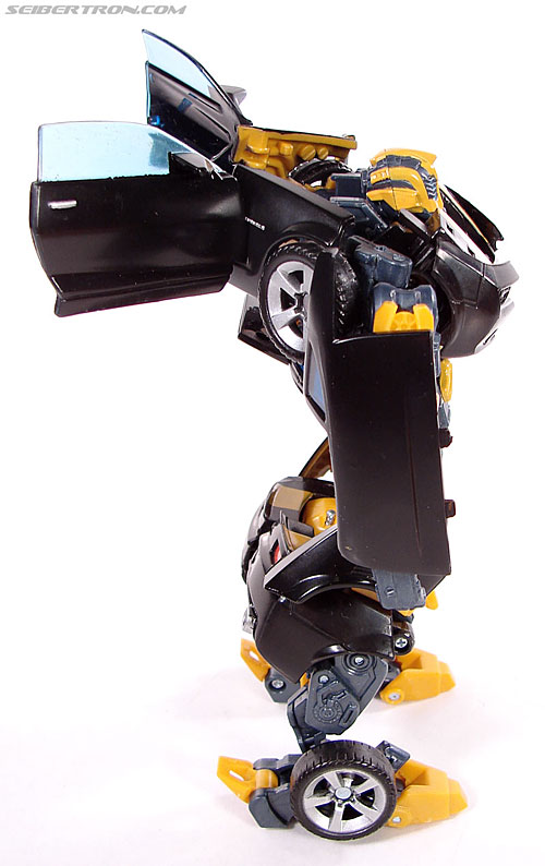 Transformers (2007) Stealth Bumblebee (Image #47 of 140)