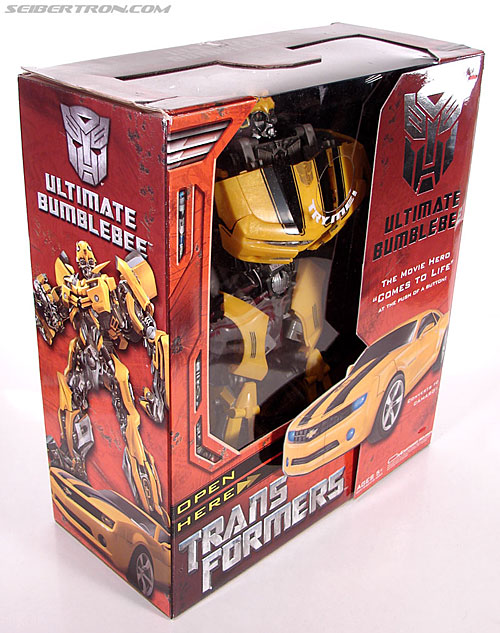 Transformers (2007) Ultimate Bumblebee (Image #8 of 95)