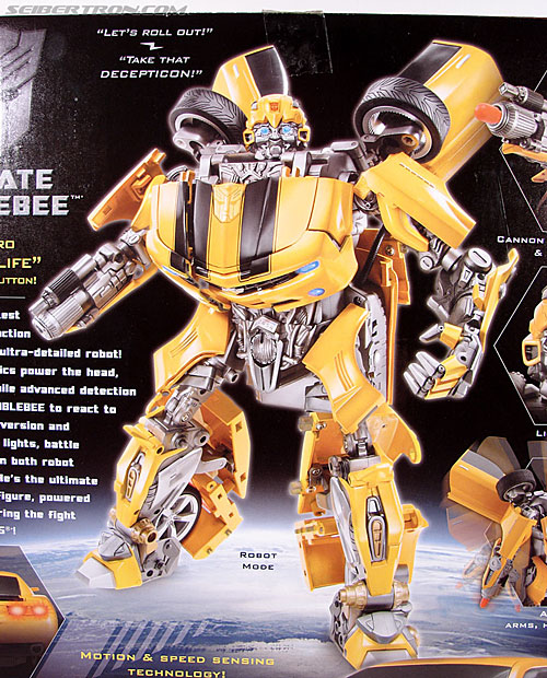 Transformers (2007) Ultimate Bumblebee (Image #14 of 95)