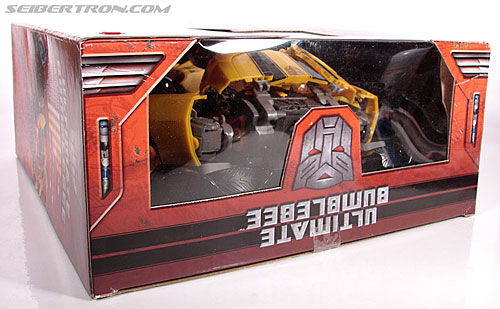 Transformers (2007) Ultimate Bumblebee (Image #25 of 95)