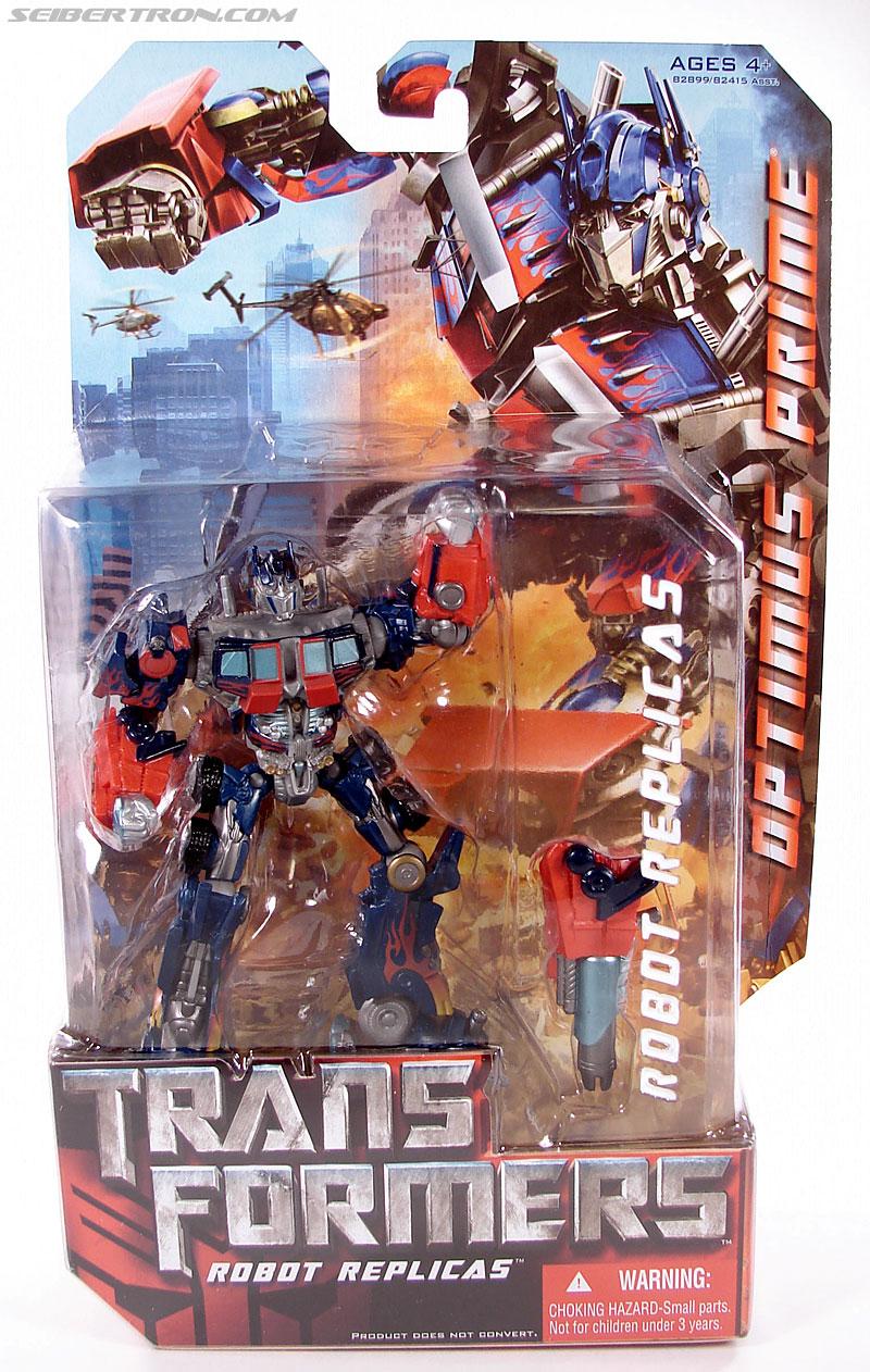Transformers (2007) Optimus Prime (Robot Replicas) (Image #1 of 57)