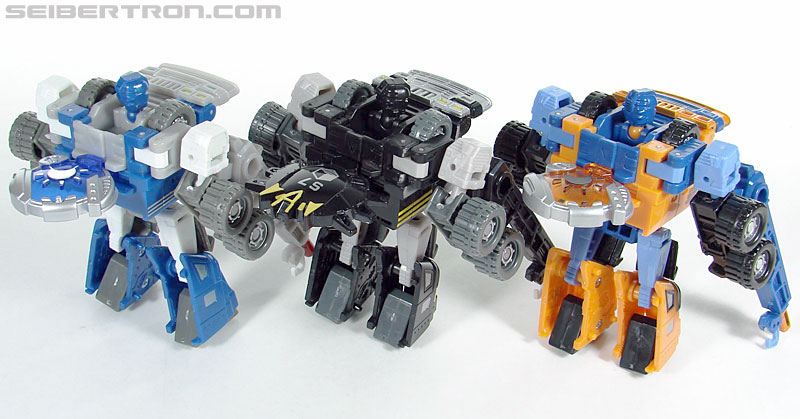Transformers (2007) Armorhide (Image #116 of 128)