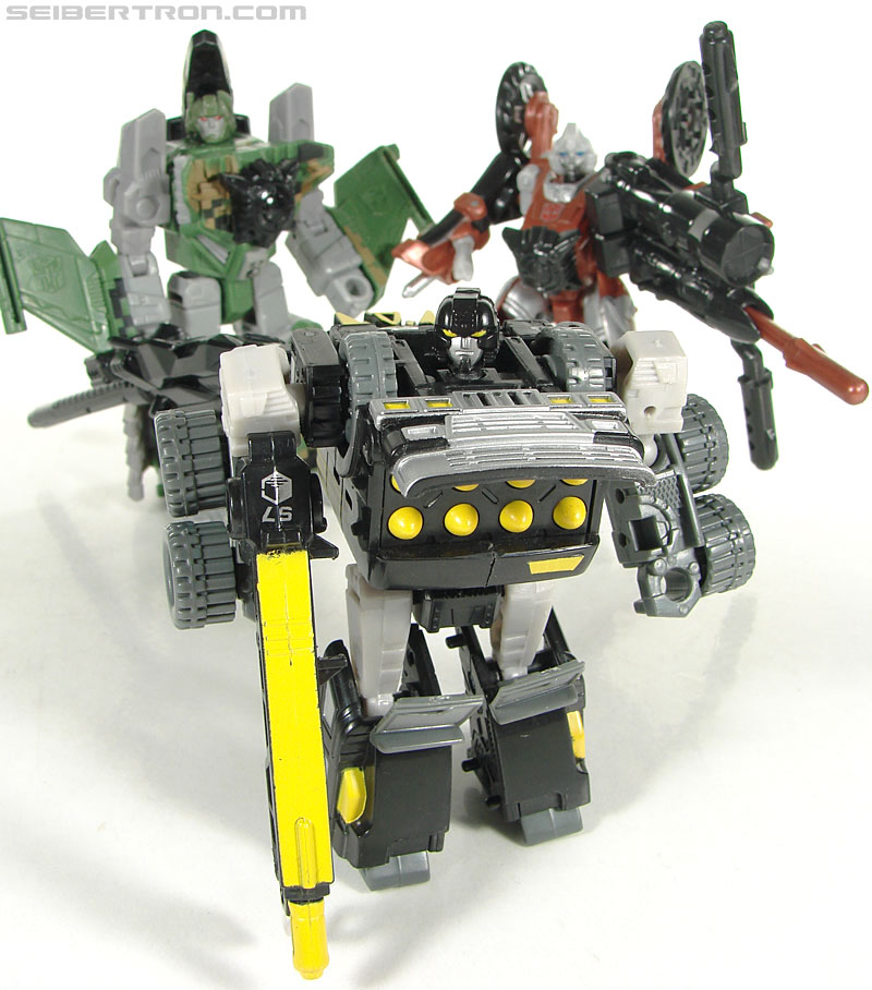 Transformers (2007) Armorhide (Image #122 of 128)
