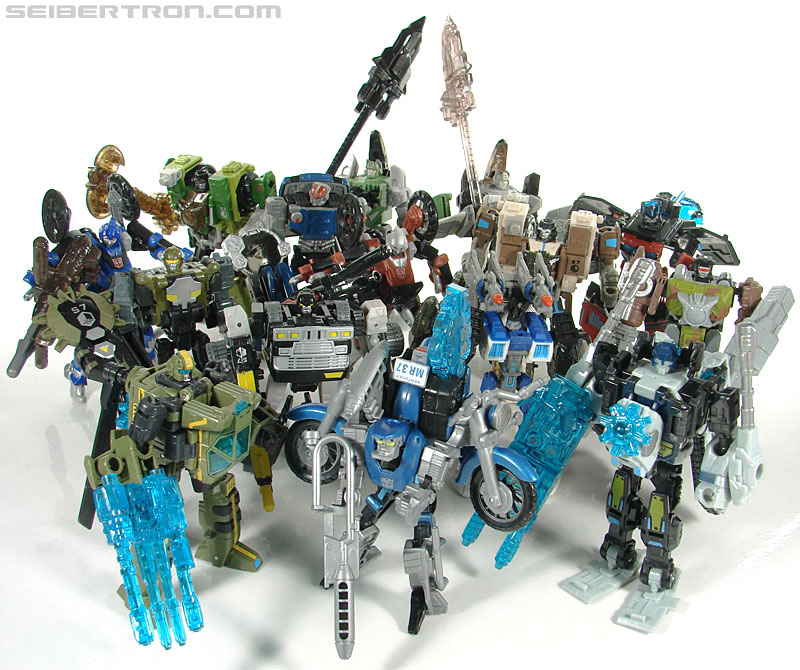 Transformers (2007) Armorhide (Image #127 of 128)
