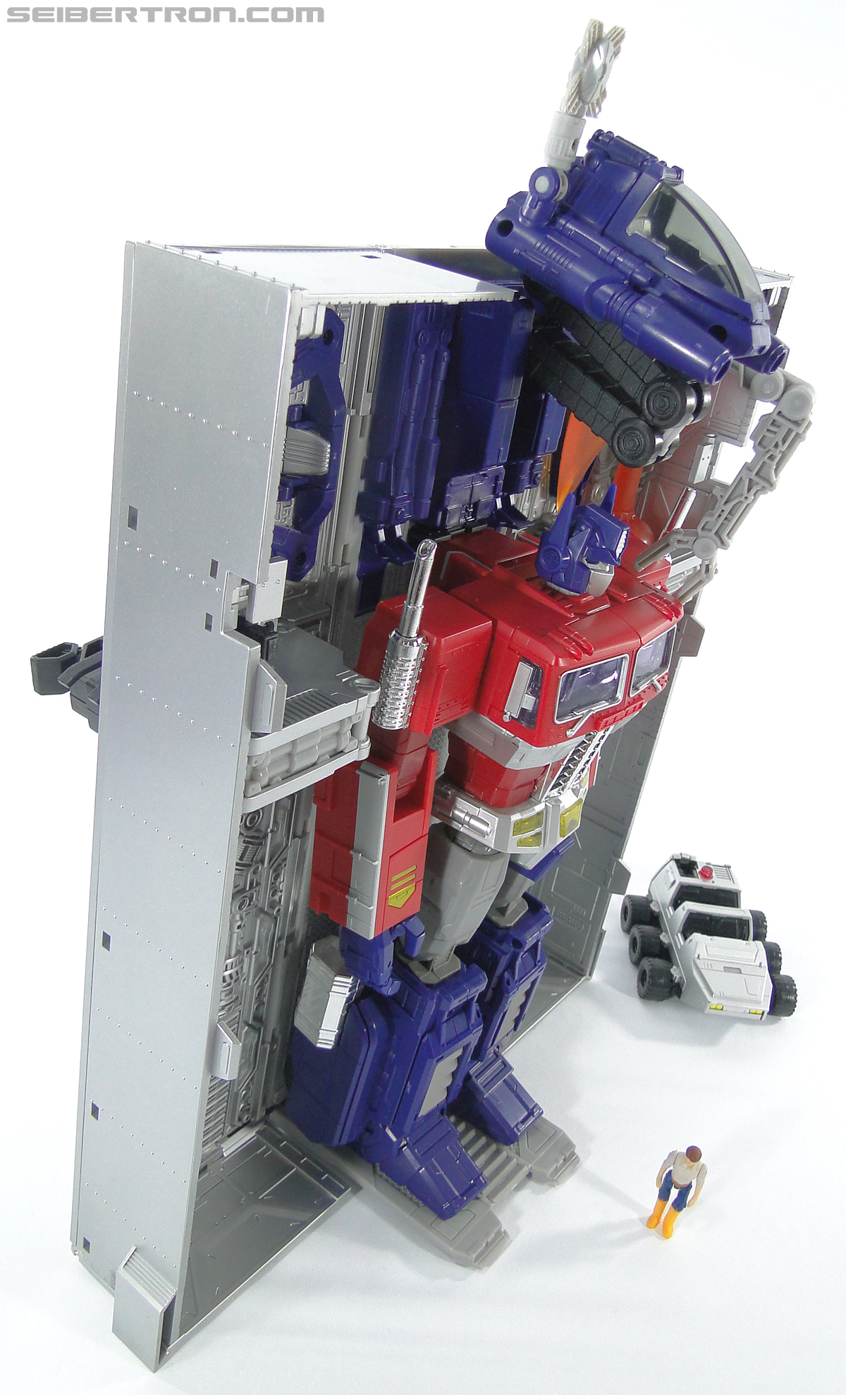 Transformers Masterpiece Optimus Prime (MP-10) (Convoy) (Image #382 of 429)
