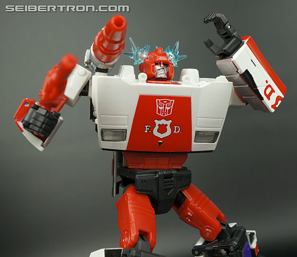 Transformers News: New Galleries: Takara Tomy Transformers Masterpiece MP-14 Red Alert