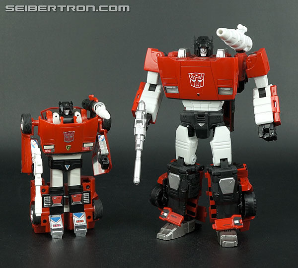 Transformers News: Top 5 Nicest Licensed Car Modes Among Transformers Toys