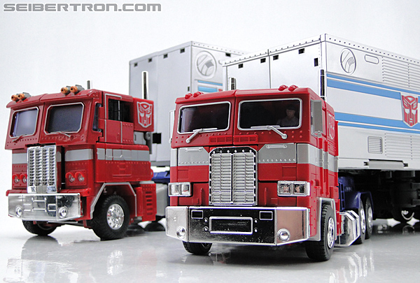 Transformers Masterpiece Optimus Prime (MP-10) (Convoy) (Image #73 of 429)