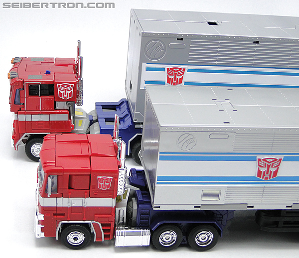 Transformers Masterpiece Optimus Prime (MP-10) (Convoy) (Image #75 of 429)