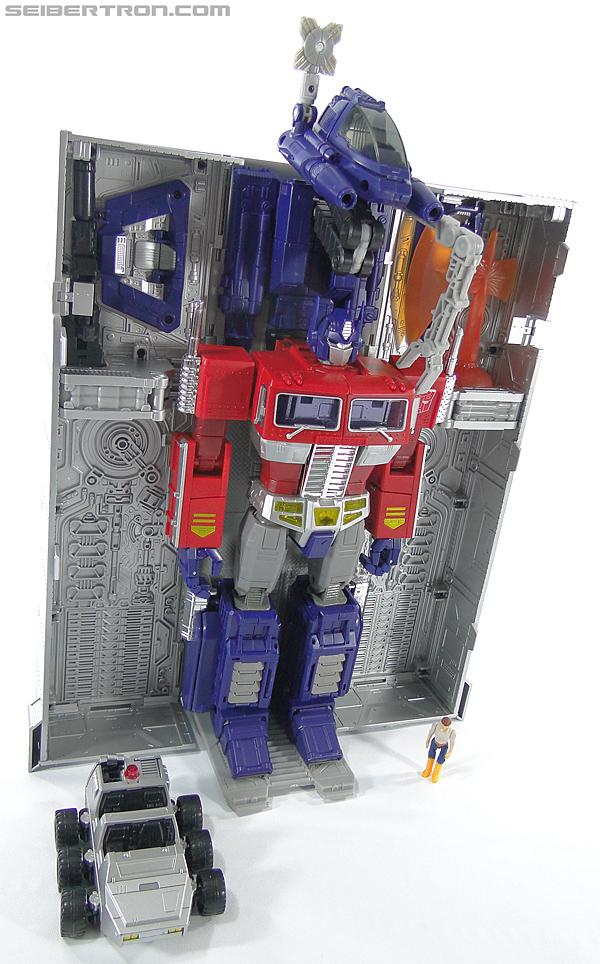 Transformers Masterpiece Optimus Prime (MP-10) (Convoy) (Image #380 of 429)