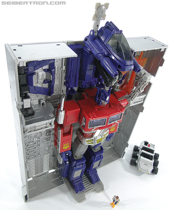 Transformers Masterpiece Optimus Prime (MP-10) (Convoy) (Image #383 of 429)