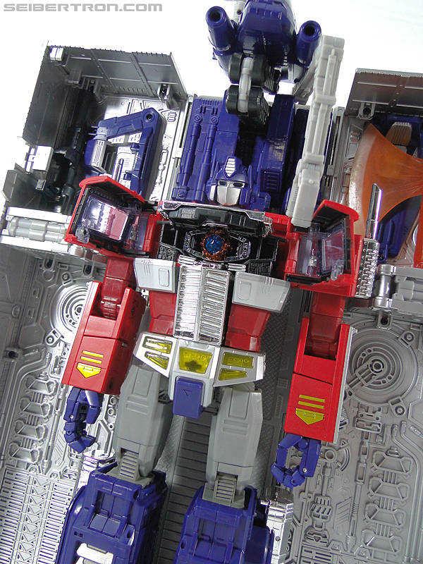 Transformers Masterpiece Optimus Prime (MP-10) (Convoy) (Image #386 of 429)