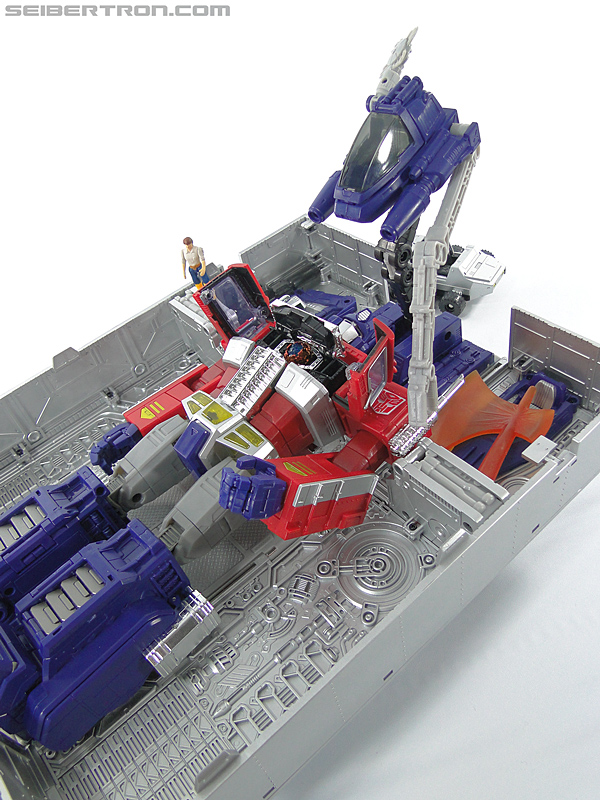 Transformers Masterpiece Optimus Prime (MP-10) (Convoy) (Image #388 of 429)