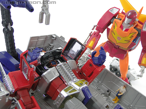 Transformers Masterpiece Optimus Prime (MP-10) (Convoy) (Image #391 of 429)