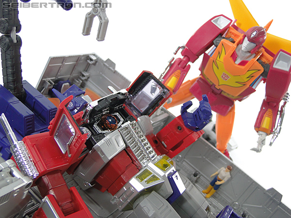 Transformers Masterpiece Optimus Prime (MP-10) (Convoy) (Image #392 of 429)