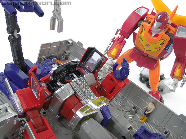 Transformers Masterpiece Optimus Prime (MP-10) (Convoy) (Image #393 of 429)