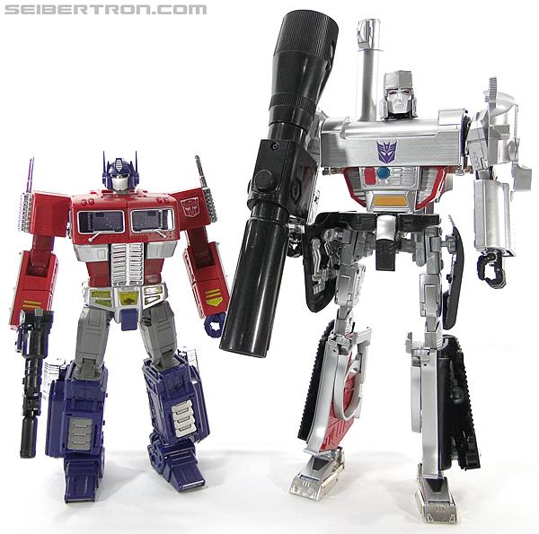 Transformers Masterpiece Optimus Prime (MP-10) (Convoy) (Image #411 of 429)