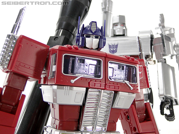 Transformers Masterpiece Optimus Prime (MP-10) (Convoy) (Image #413 of 429)