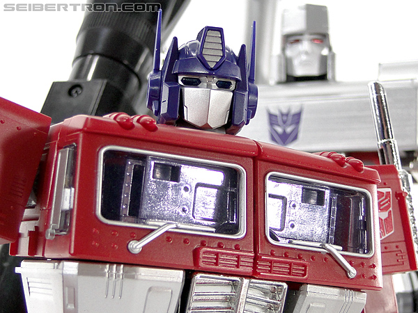 Transformers Masterpiece Optimus Prime (MP-10) (Convoy) (Image #414 of 429)