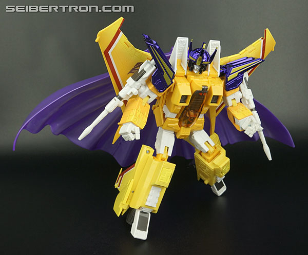 Transformers News: New Galleries: Masterpiece MP-18S Silverstreak, MP-12T Tigertrack and MP-11S Sunstorm