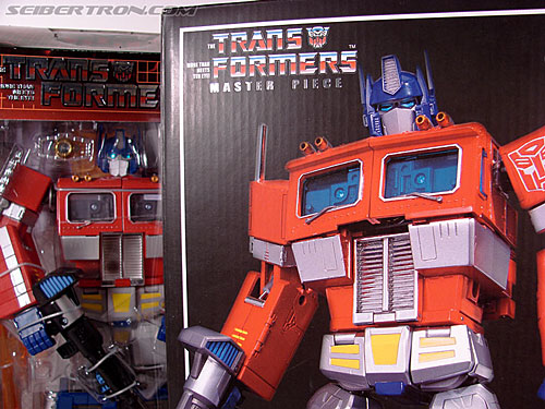 Transformers Masterpiece Optimus Prime (MP-01) (Convoy (MP-01)) (Image #2 of 109)