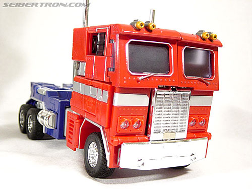 Transformers Masterpiece Optimus Prime (MP-01) (Convoy (MP-01)) (Image #23 of 109)
