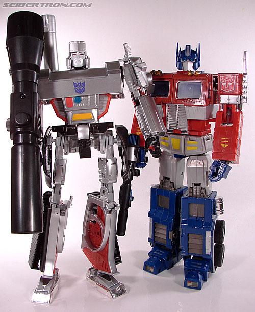 Transformers: Masterpiece  Vs  G1  - Optimus Prime Vs Megatron R_mp4convoy226