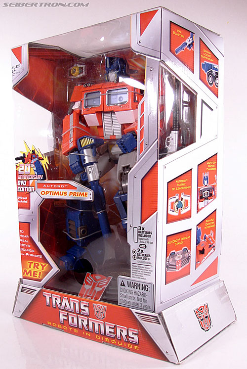 Transformers Masterpiece Optimus Prime (20th Anniversary DVD) (Image #18 of 183)
