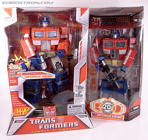 Transformers Masterpiece Optimus Prime (20th Anniversary DVD) (Image #23 of 183)