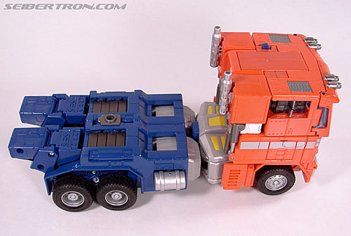 Transformers Masterpiece Optimus Prime (20th Anniversary DVD) (Image #34 of 183)