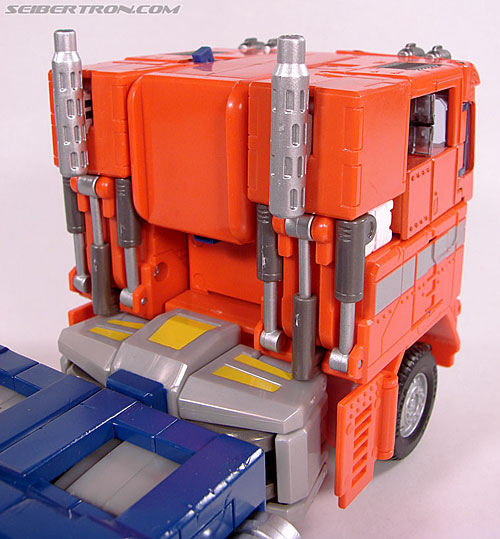 Transformers Masterpiece Optimus Prime (20th Anniversary DVD) (Image #36 of 183)