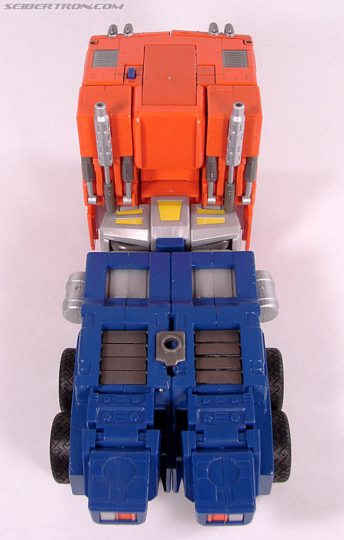 Transformers Masterpiece Optimus Prime (20th Anniversary DVD) (Image #37 of 183)