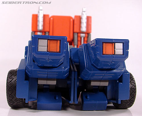 Transformers Masterpiece Optimus Prime (20th Anniversary DVD) (Image #38 of 183)