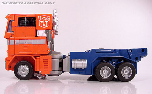 Transformers Masterpiece Optimus Prime (20th Anniversary DVD) (Image #40 of 183)