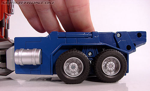 Transformers Masterpiece Optimus Prime (20th Anniversary DVD) (Image #42 of 183)